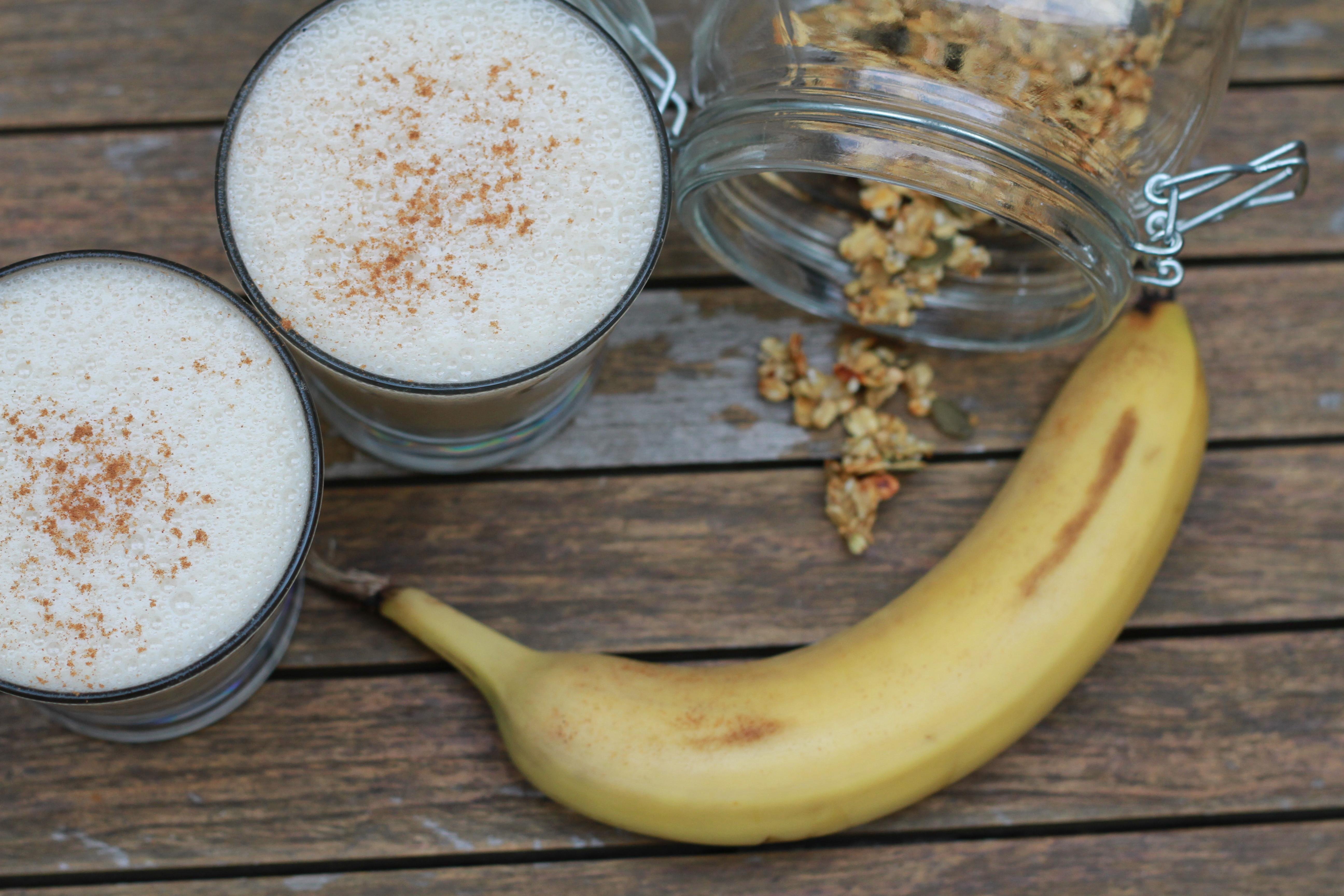 Salted Caramel Banana Smoothie